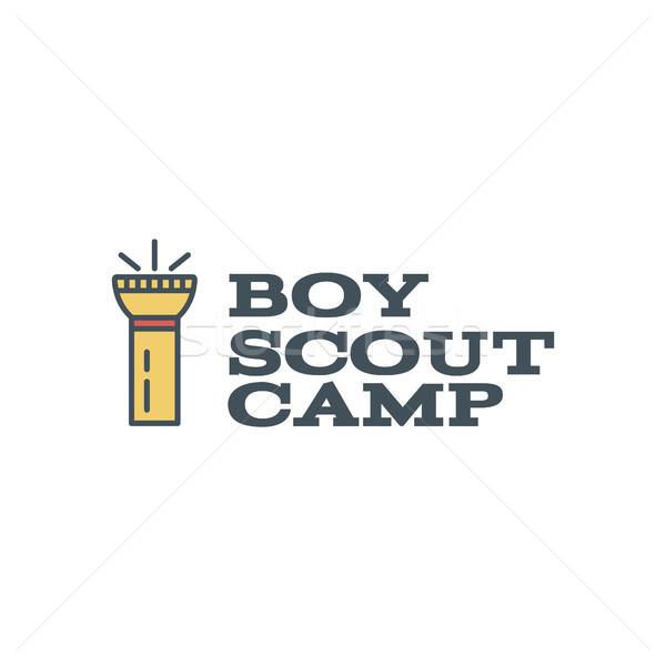 Jongen verkenner kamp logo-ontwerp typografie reizen Stockfoto © JeksonGraphics