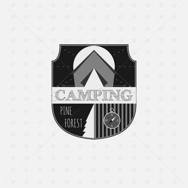 Freien Abenteuer Abzeichen Wald logo Emblem Stock foto © JeksonGraphics