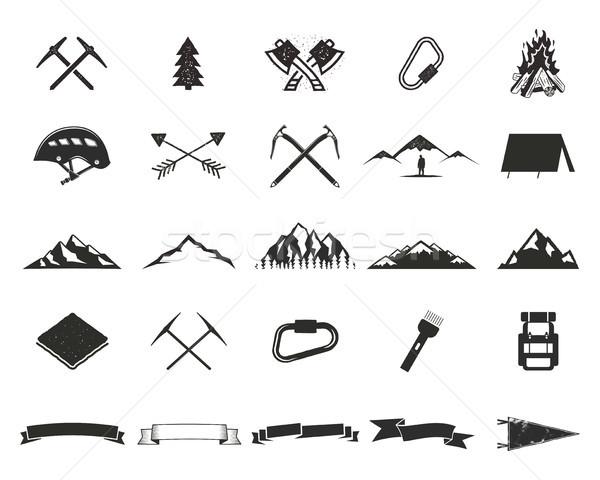 山 遠征 登る キャンプ ストックフォト © JeksonGraphics