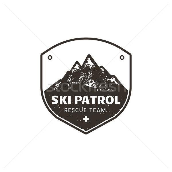 ヴィンテージ 手描き 山 スキー エンブレム 救助 ストックフォト © JeksonGraphics