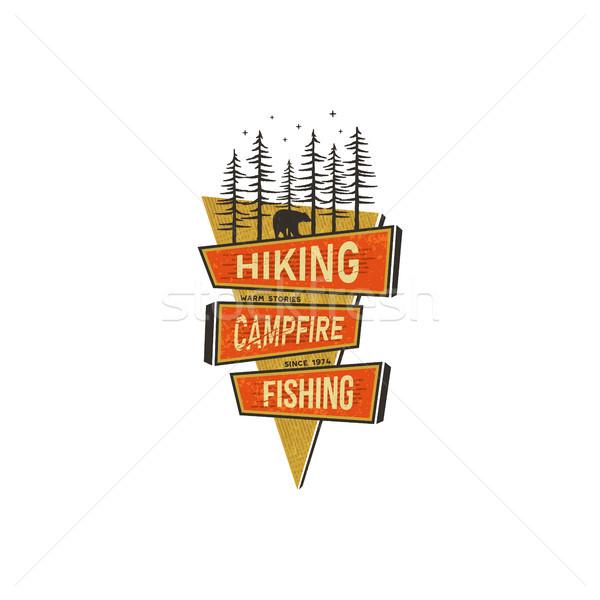 Vintage dessinés à la main Voyage badge design camping Photo stock © JeksonGraphics