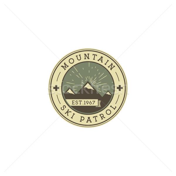 Camping label vintage berg ski Stockfoto © JeksonGraphics