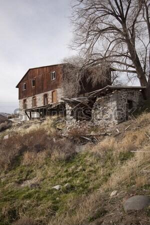Abandonné cabine maison maison bois structure Photo stock © jeremywhat