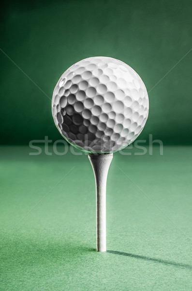 Pelota de golf blanco superior listo golf Foto stock © JFJacobsz