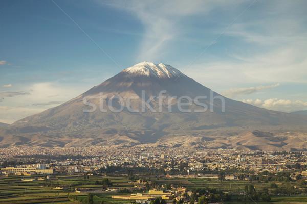 Város Peru ikonikus vulkán tájkép hó Stock fotó © jirivondrous