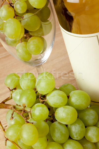 grapes and white wine Stock photo © jirkaejc