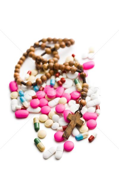 Kleurrijk pillen rozenkrans kralen witte medische Stockfoto © jirkaejc