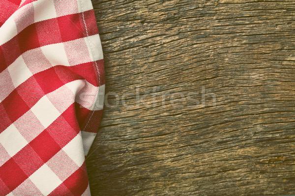Czerwony obrus starych drewniany stół ramki kuchnia Zdjęcia stock © jirkaejc