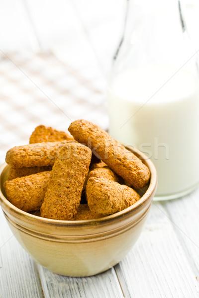 Teljeskiőrlésű sütik tej búza reggeli kövér Stock fotó © jirkaejc