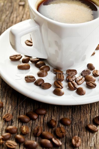 Copo café expresso grãos de café beber preto café da manhã Foto stock © jirkaejc