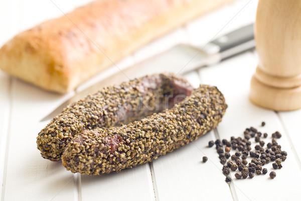 Suszy kiełbasa pieprz stół kuchenny żywności nóż Zdjęcia stock © jirkaejc