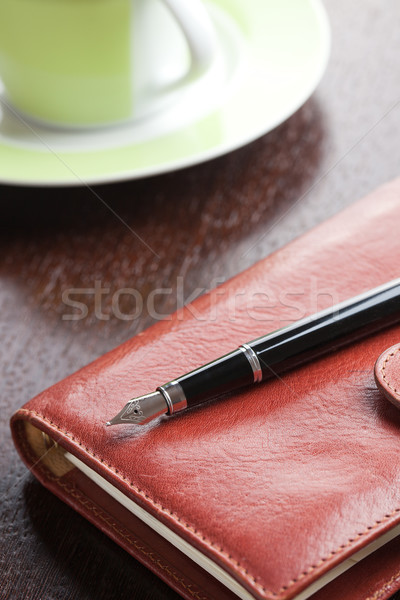 Stylo journal tasse de café photo coup affaires Photo stock © jirkaejc