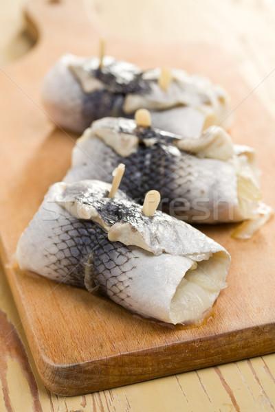 Mutfak masası gıda parti balık deniz cilt Stok fotoğraf © jirkaejc