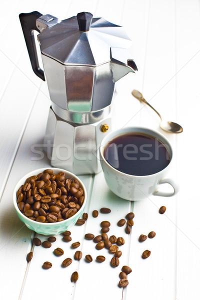 Koffiezetapparaat beker koffie koffiebonen houten metaal Stockfoto © jirkaejc