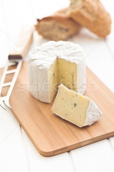 Schimmelkaas witte keukentafel achtergrond Blauw kaas Stockfoto © jirkaejc