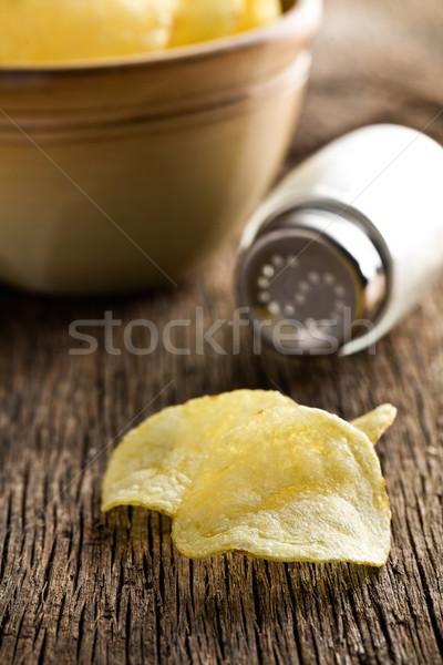 ぱりぱり 食べる ジャガイモ カット ストックフォト © jirkaejc