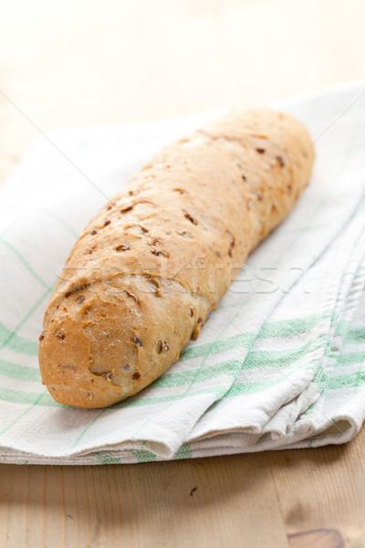Teljeskiőrlésű zsemle fa asztal kenyér reggeli diéta Stock fotó © jirkaejc