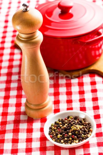 唐辛子 木製 コショウひき 台所用テーブル 食品 木材 ストックフォト © jirkaejc