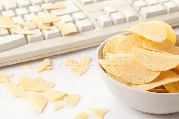 Batatas fritas teclado foto tiro computador fundo Foto stock © jirkaejc