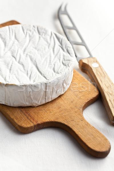 Camembert queso cuchillo mesa de cocina alimentos leche Foto stock © jirkaejc