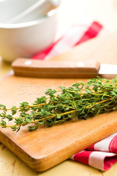 Herb stół kuchenny liści zielone biały gotowania Zdjęcia stock © jirkaejc