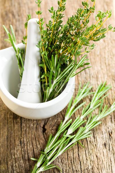Friss gyógynövények kerámia étel orvosi kert Stock fotó © jirkaejc