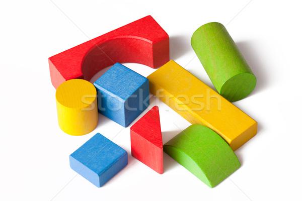 Foto stock: Brinquedo · de · madeira · blocos · branco · casa · construção · criança