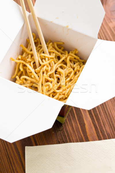 Kínai tészta gyorsételek papír doboz étel Stock fotó © jirkaejc