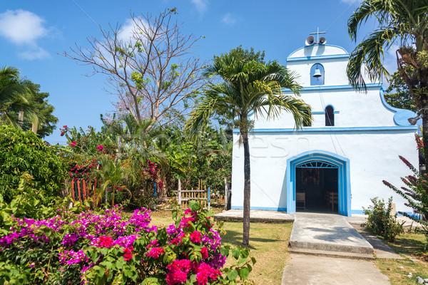 Beyaz kilise çiçekler renkli tropikal Bina Stok fotoğraf © jkraft5