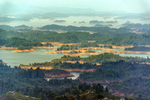 Jezioro piękna niebieski rock wyspa Zdjęcia stock © jkraft5