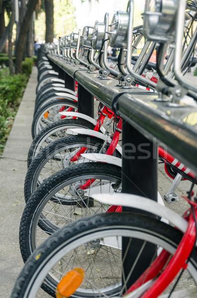 Csetepaté nyilvános biciklik piros Mexikóváros sport Stock fotó © jkraft5