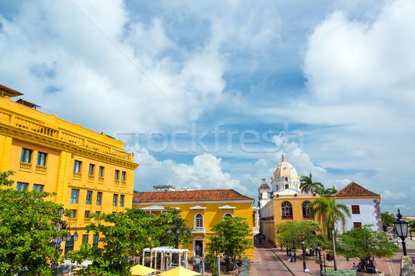 Histórico colonial calle iglesia azul edificios Foto stock © jkraft5