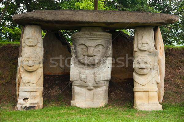 Trzy starożytnych sztuki podróży kamień posąg Zdjęcia stock © jkraft5