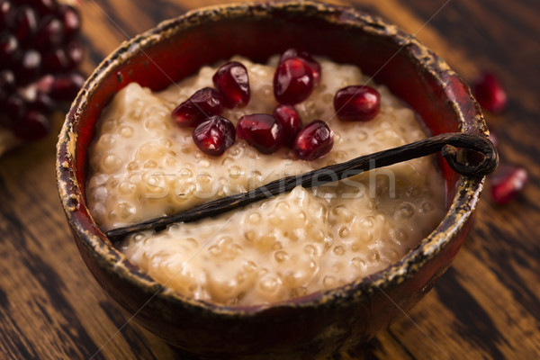 Kom pudding vanille granaatappel voedsel dessert Stockfoto © joannawnuk