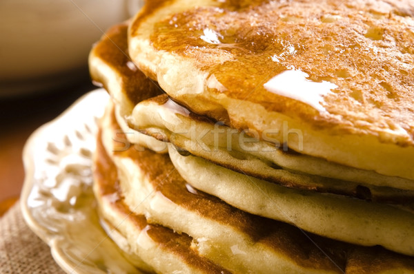 Pannenkoeken siroop plaat ontbijt beker dessert Stockfoto © joannawnuk