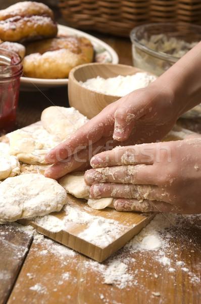 Сток-фото: подробность · рук · девушки · кухне · торт