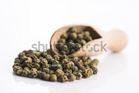 Ganze grünen Pfeffer weiß Essen Gruppe Stock foto © joannawnuk