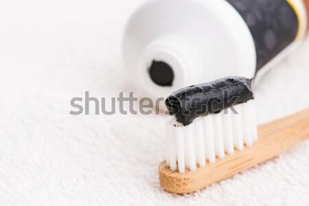 зубная щетка черный уголь зубная паста алоэ фон Сток-фото © joannawnuk