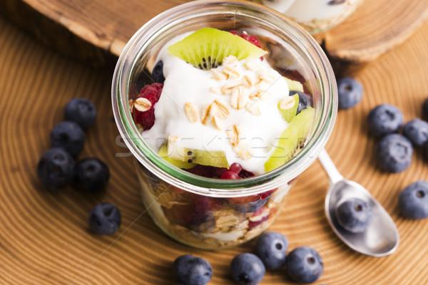 Felszolgált friss gyümölcsök étel fa gyümölcs Stock fotó © joannawnuk