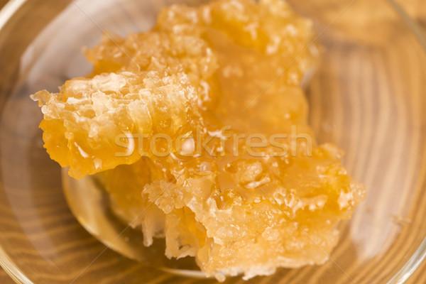 En nid d'abeille cellule sweet saine Photo stock © joannawnuk