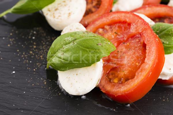 салат Капрезе моцарелла томатный базилик бальзамического уксуса Сток-фото © joannawnuk