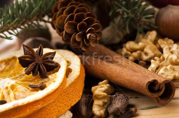 Foto stock: Diferente · temperos · nozes · secas · laranjas · natal