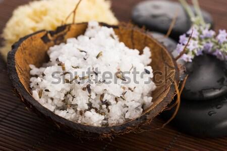 自家製 皮膚 スクラブ 海塩 オリーブオイル ラベンダー ストックフォト © joannawnuk