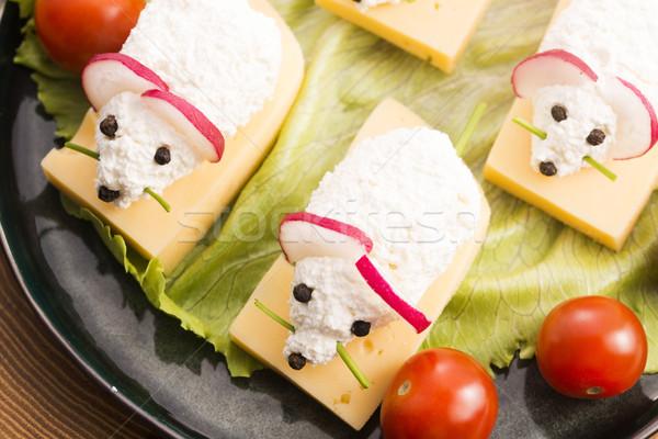 Eğlence gıda çocuklar fare peynir arka plan Stok fotoğraf © joannawnuk