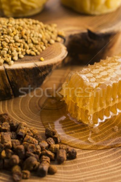 Favo de mel pólen própolis flor natureza mel Foto stock © joannawnuk