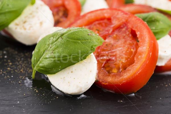 Caprese saláta mozzarella paradicsom bazsalikom balzsam balzsamecet Stock fotó © joannawnuk