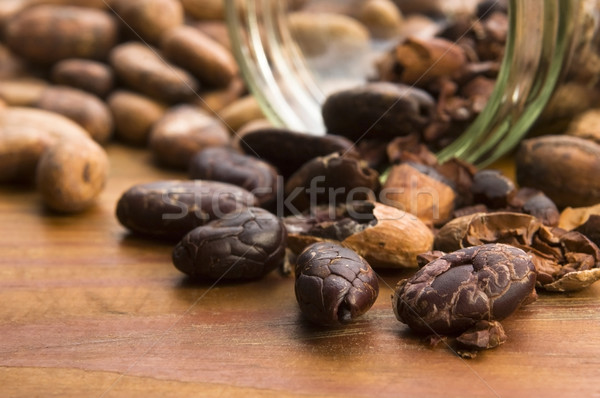 Kakao fasulye doğal ahşap masa çikolata bitki Stok fotoğraf © joannawnuk