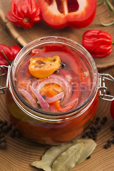 Domowej roboty marynowane oleju czerwony pieprz domu Zdjęcia stock © joannawnuk