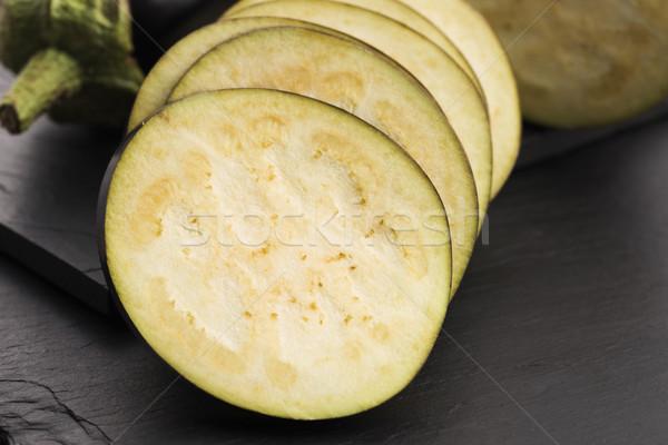Padlizsán szeletek kés zöldség cseppek friss Stock fotó © joannawnuk