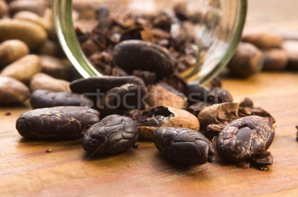 Foto d'archivio: Cacao · fagioli · naturale · tavolo · in · legno · cioccolato · cucina